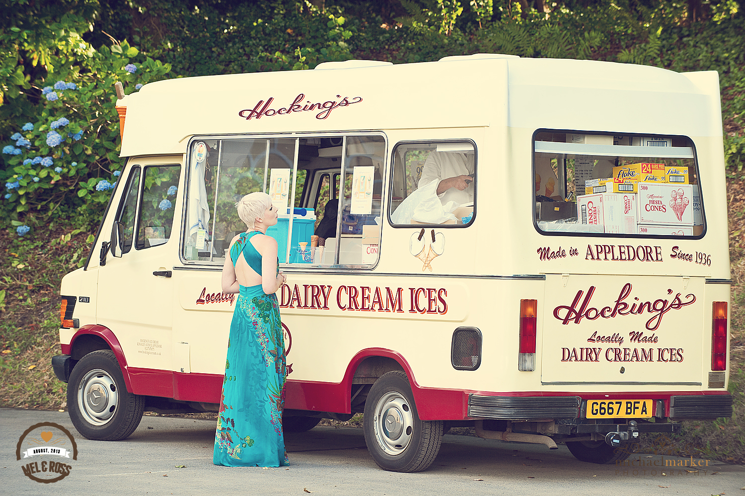 Vintage Ice cream van at North Devon wedding