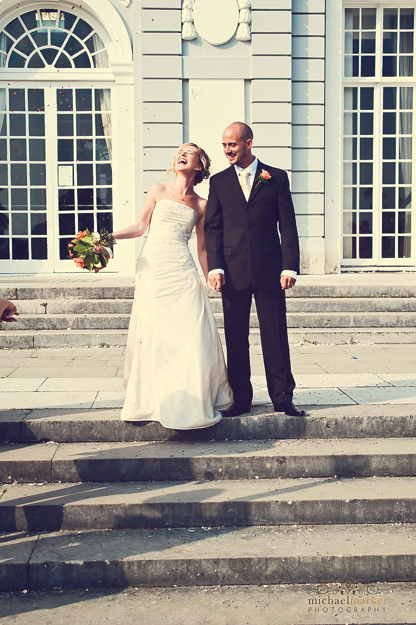 Torquay-summer-wedding-confetti