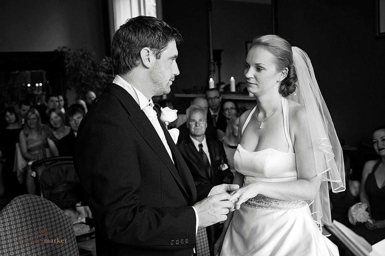 Devon-exchange-wedding-vows-photography