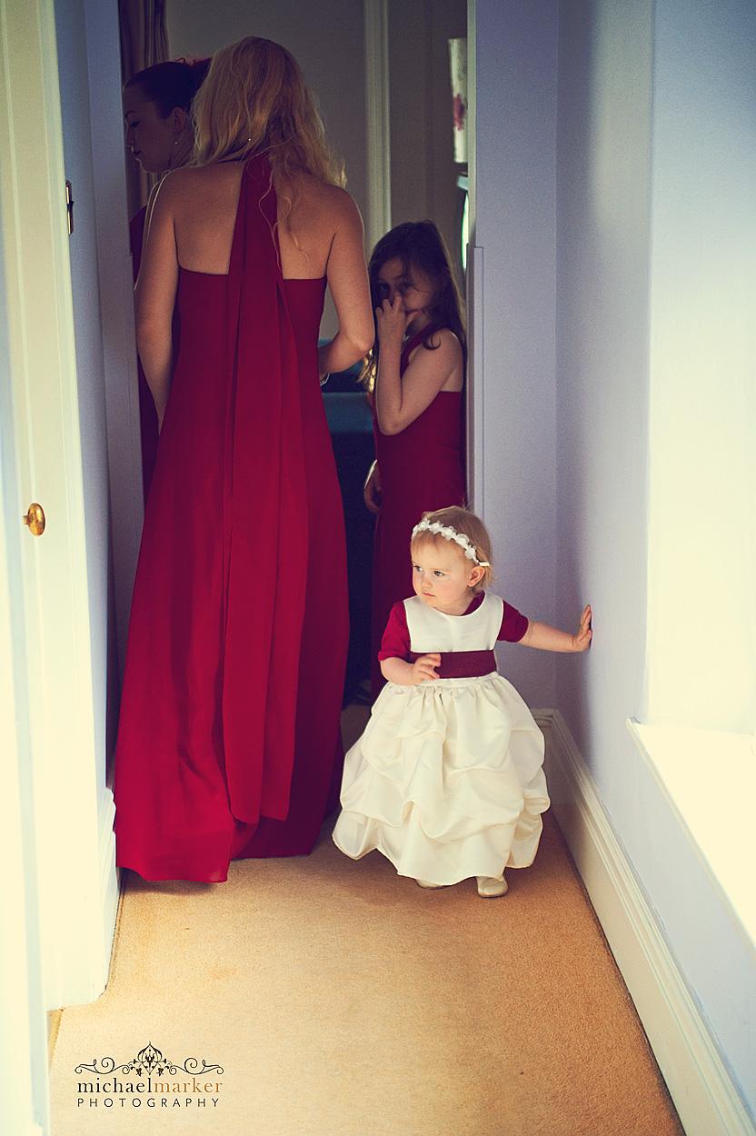 Devon-wedding-flower-girl