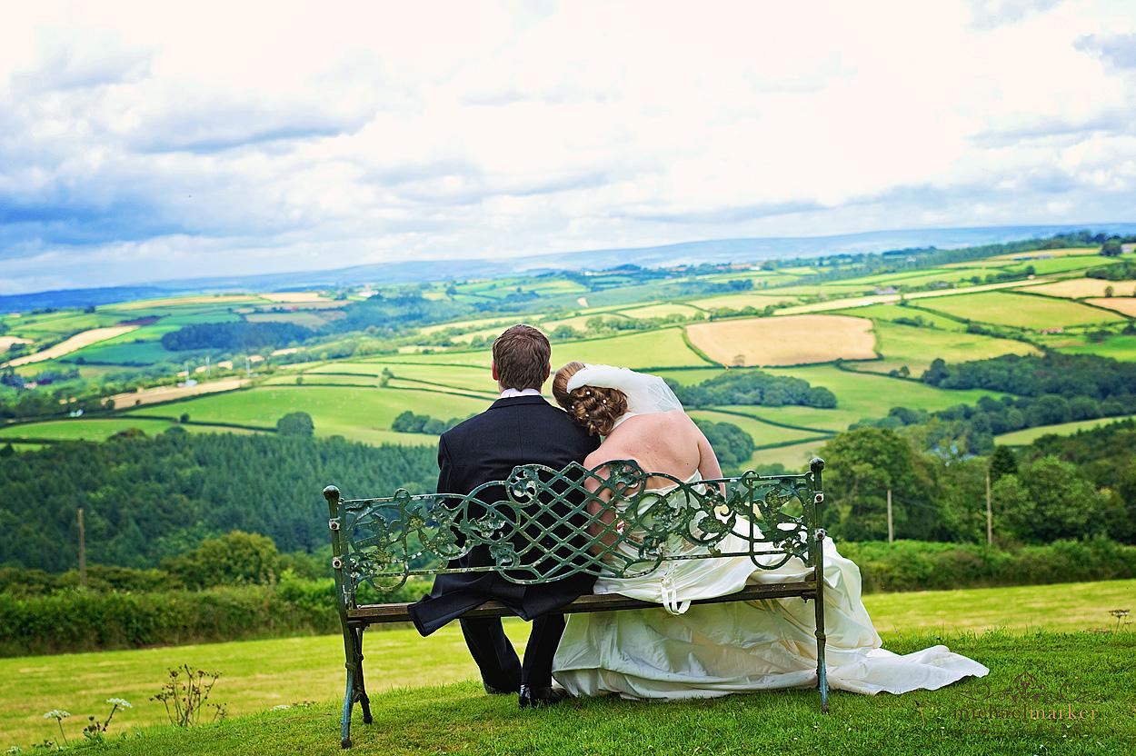 Gorgeous-Devon-wedding-photography