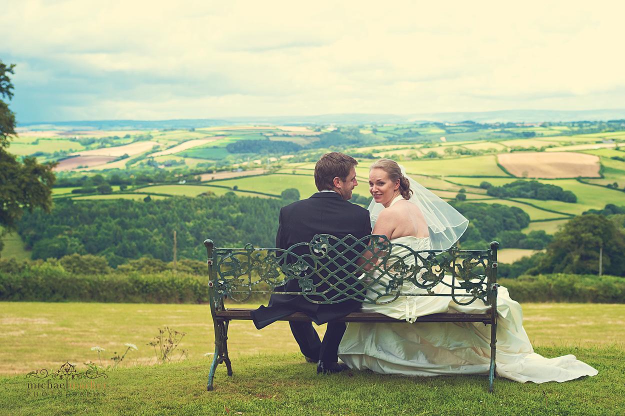 Nortcotte-wedding-bench