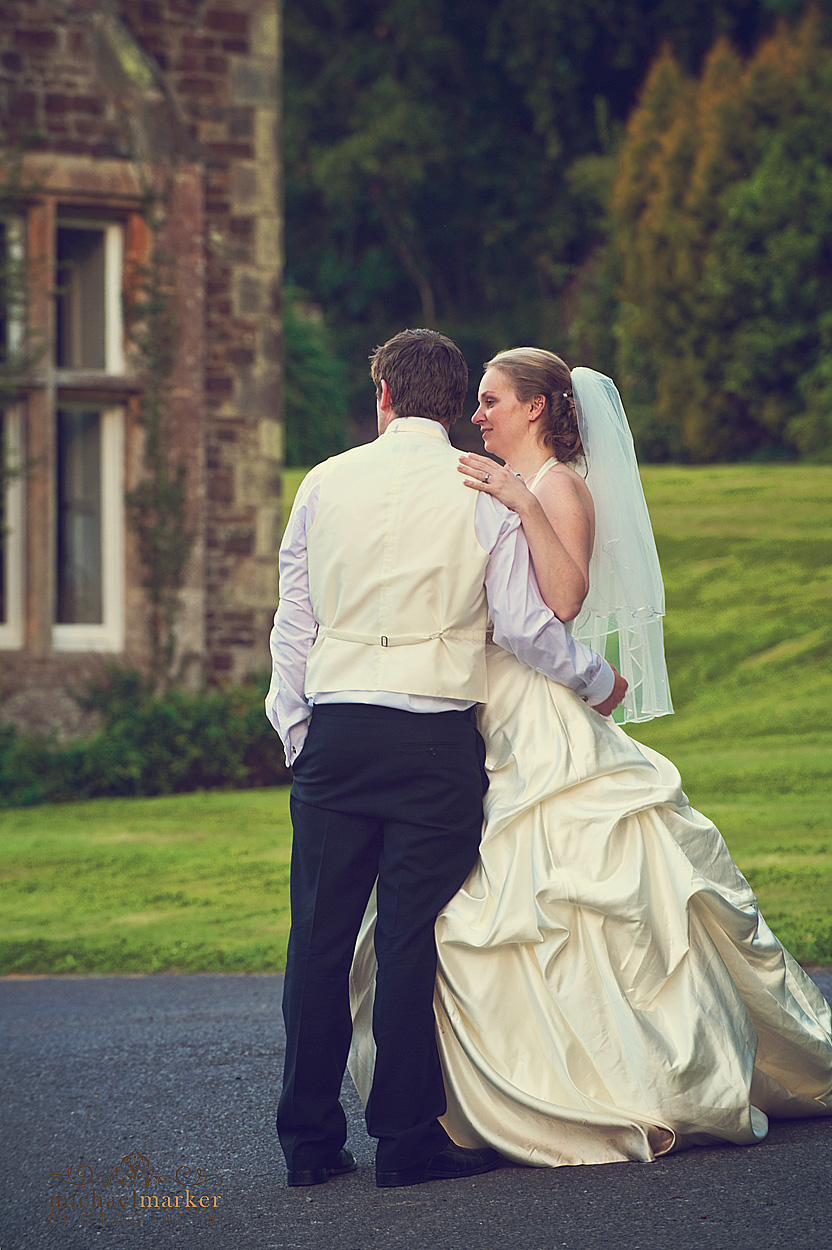 Relaxed-Devon-bride-and-groom