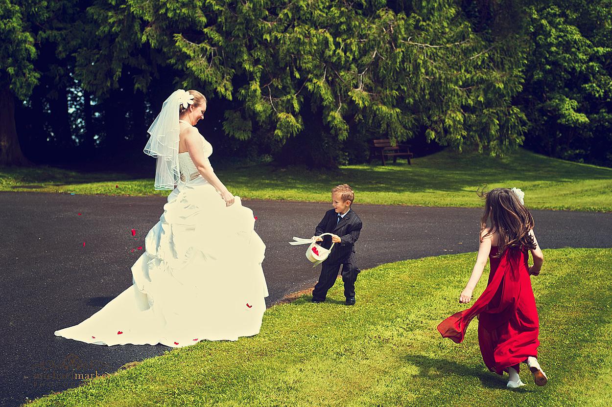 Sunny-Devon-wedding-fun