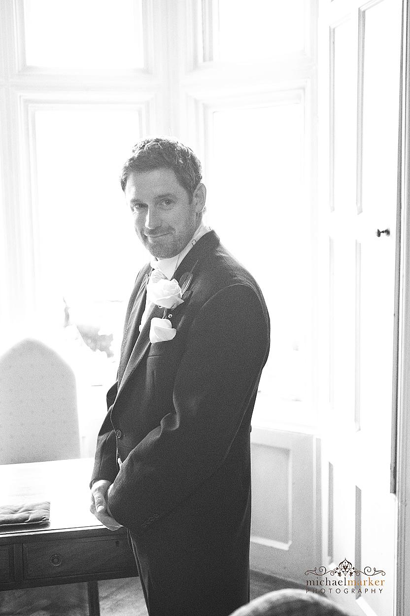 The-waiting-groom