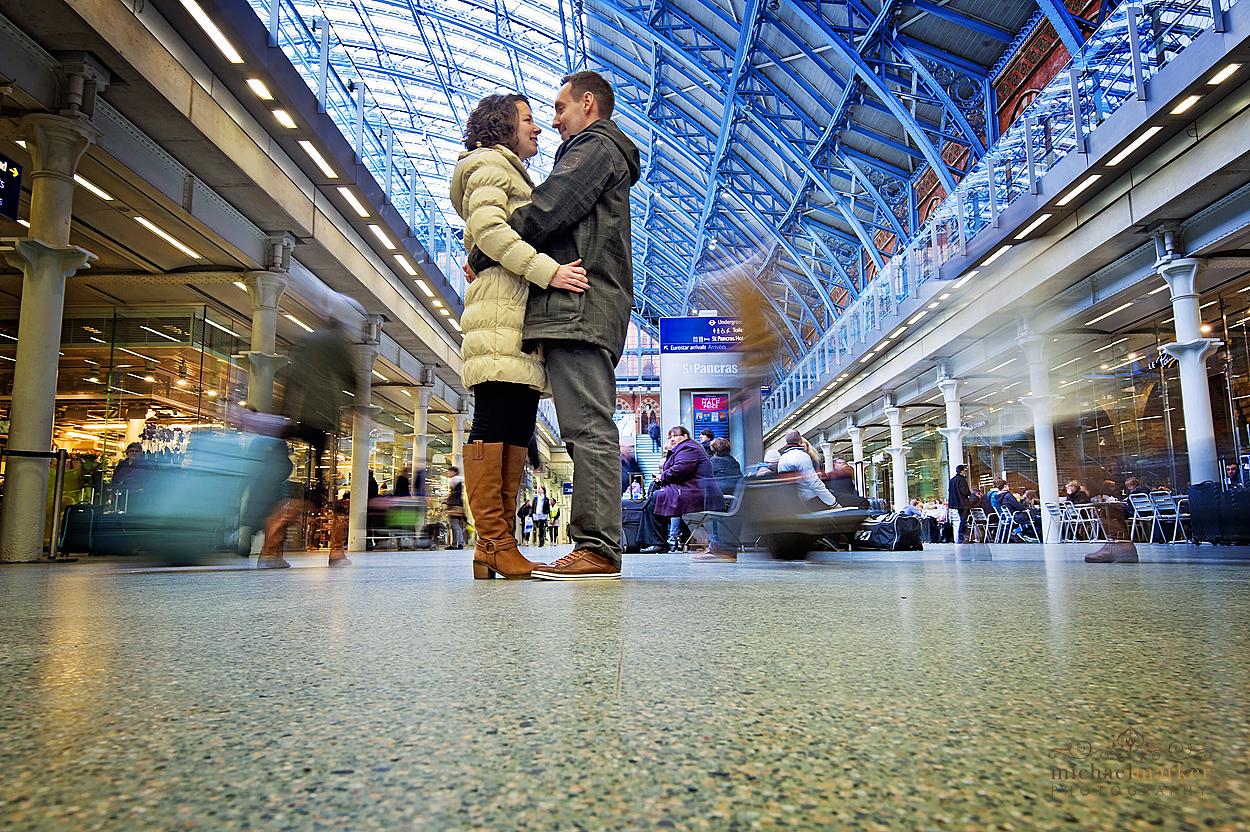 London-engagement-shoot-St-Pancras