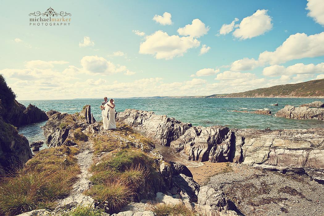 Cornish-beach-wedding-couple