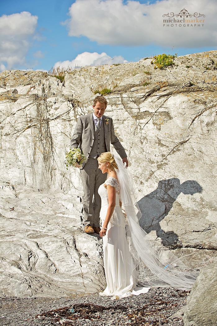 Cornwall-beach-wedding-couple