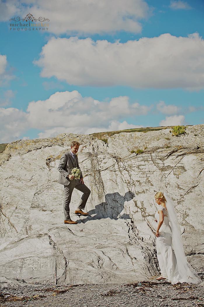 Cornwall-wedding-on-the-beach