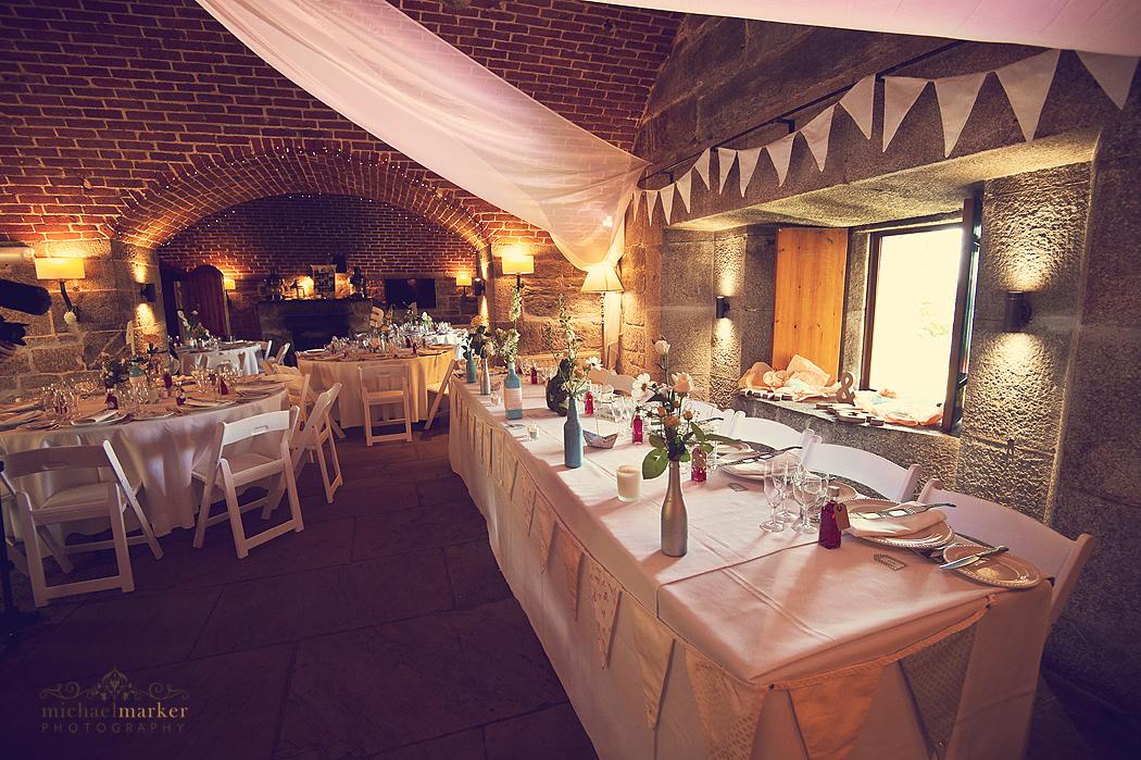 Polhawn-Fort-wedding-decoration
