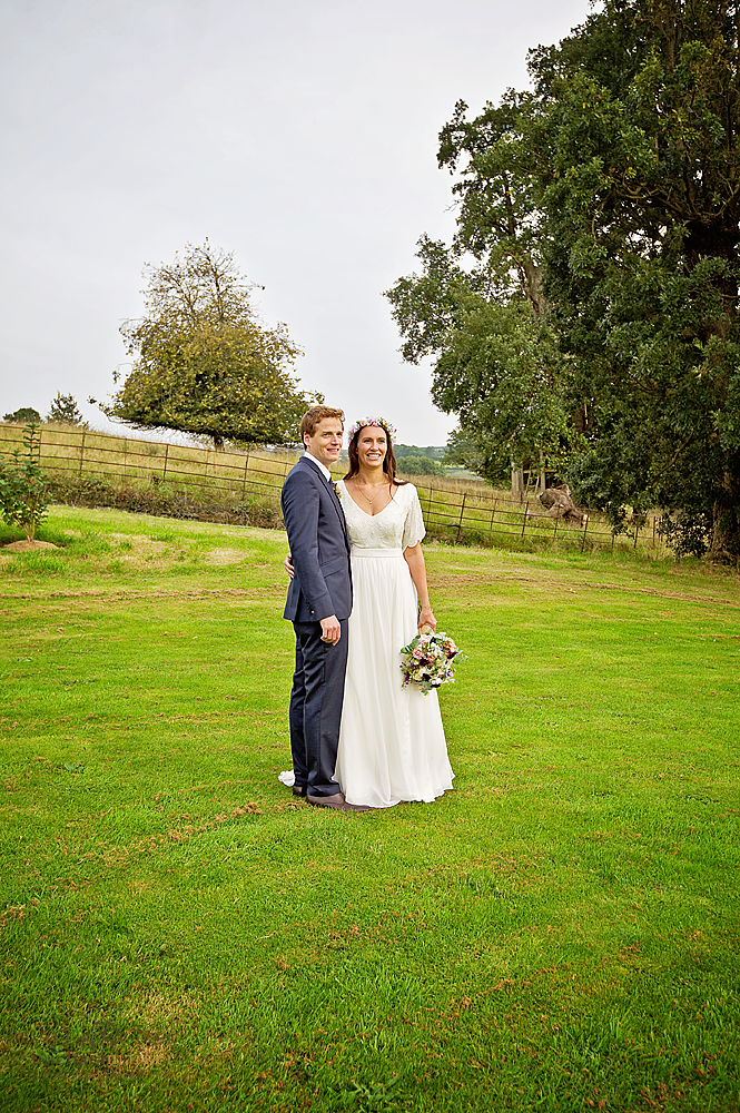 Beautiful-wedding-couple-in-devon