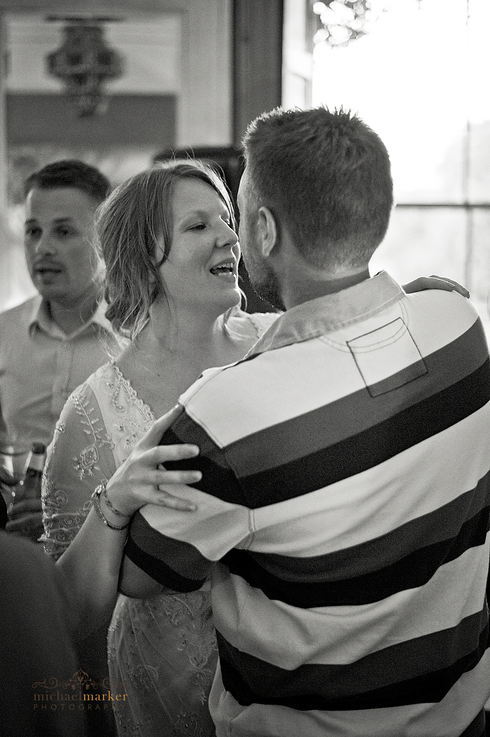 Dartmoor-wedding-first-dance