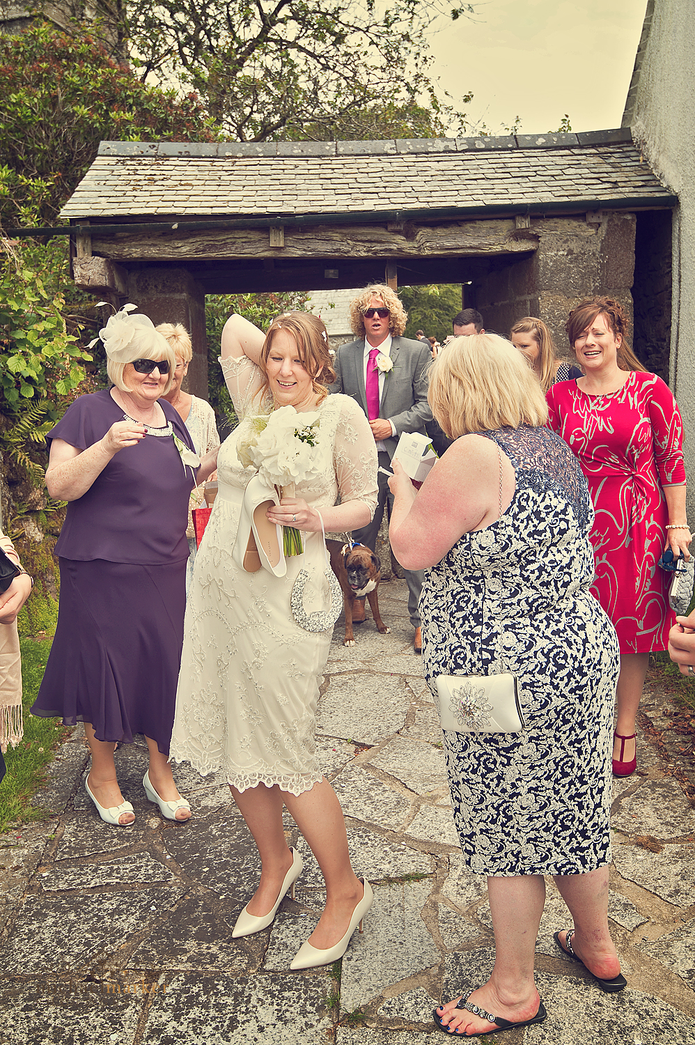 Dartmoor-wedding-too-much-confetti