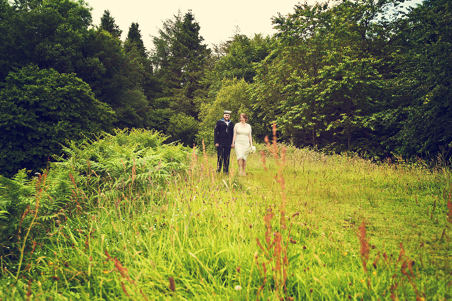 Devon-meadow-wedding-photo