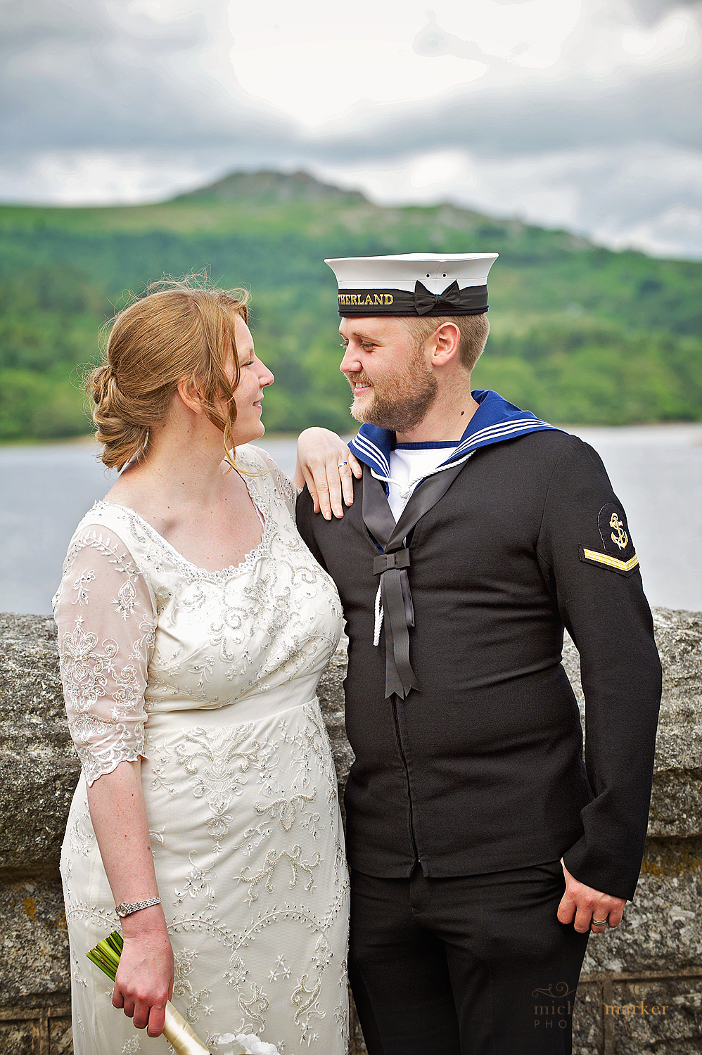 Navy-wedding-couple