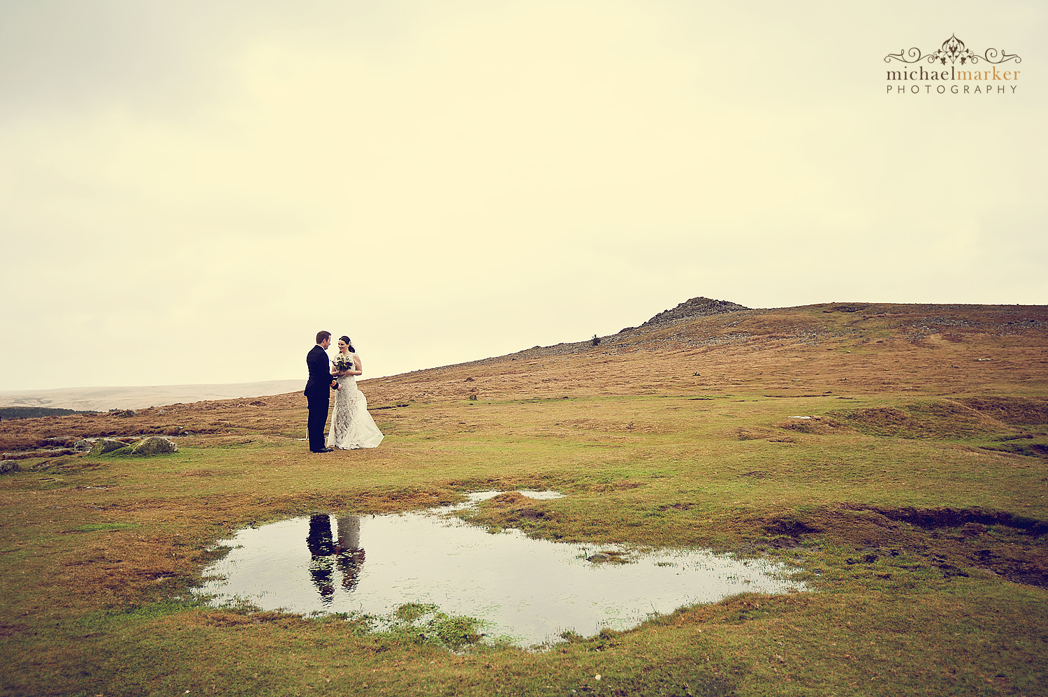 Winter wedding couple on Dartmoor in Devon