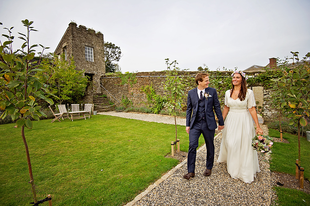 Walled-garden-at-shilstone-summer-wedding