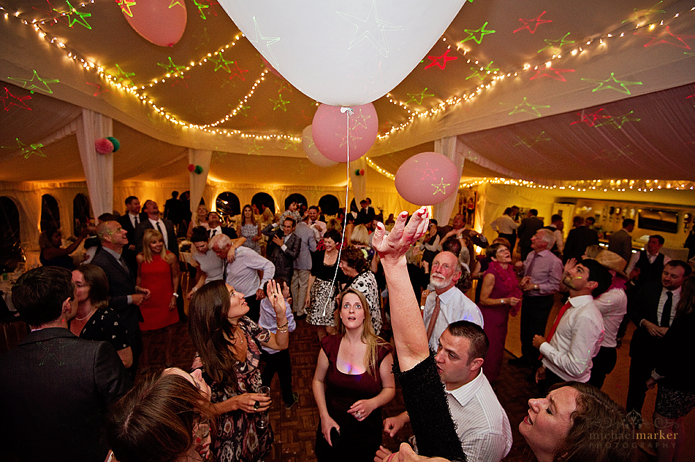 giant-wedding-balloons