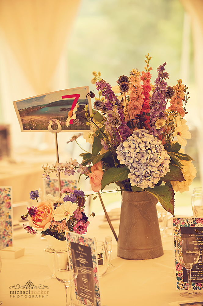 vintage-wedding-flower-table-centres