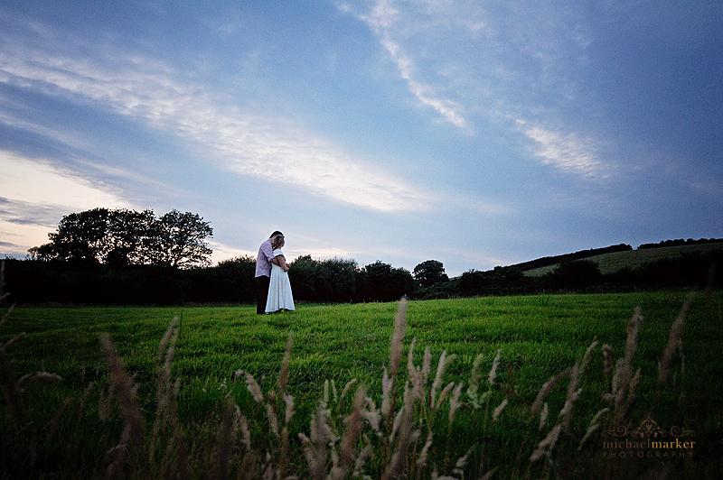 Beautiful-Totnes-farm-wedding