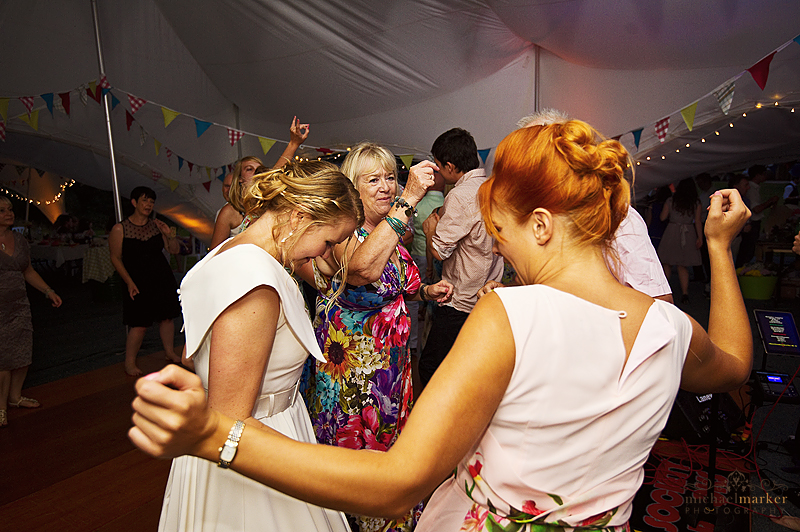Bride-dancing-with-friends