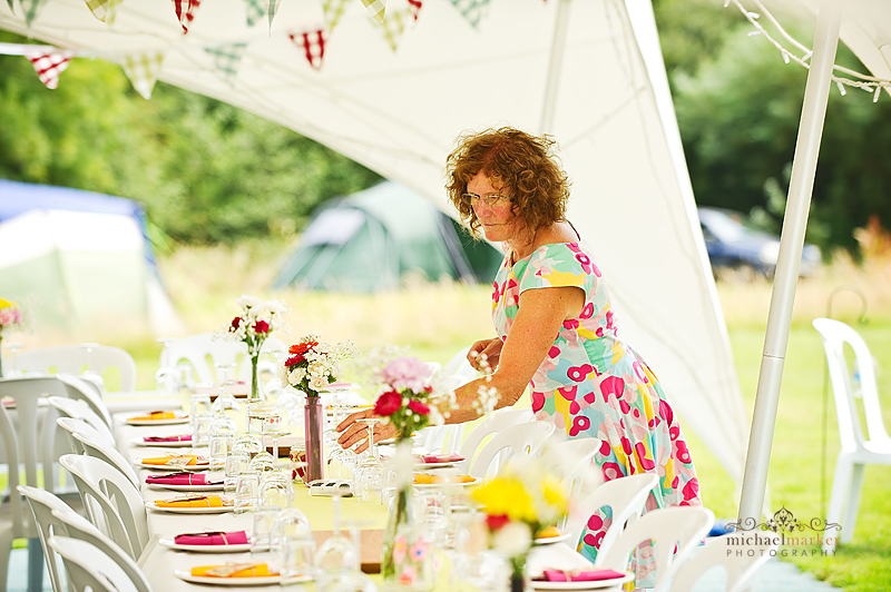 Dressing-the-wedding-marquee