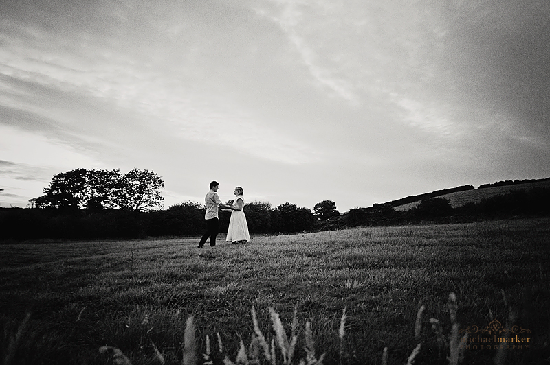 Farm-wedding-couple