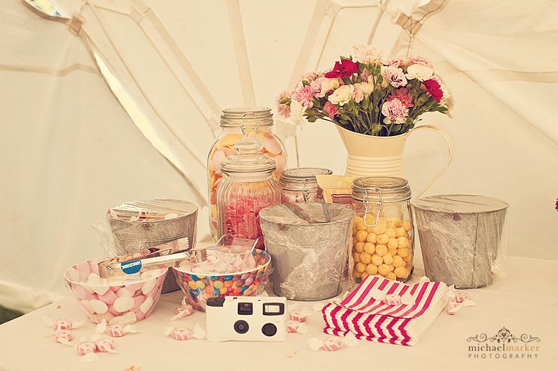 Festival-wedding-DIY-sweet-table