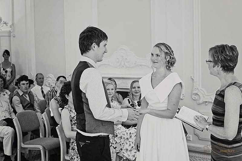 Totnes-wedding-exchange-rings