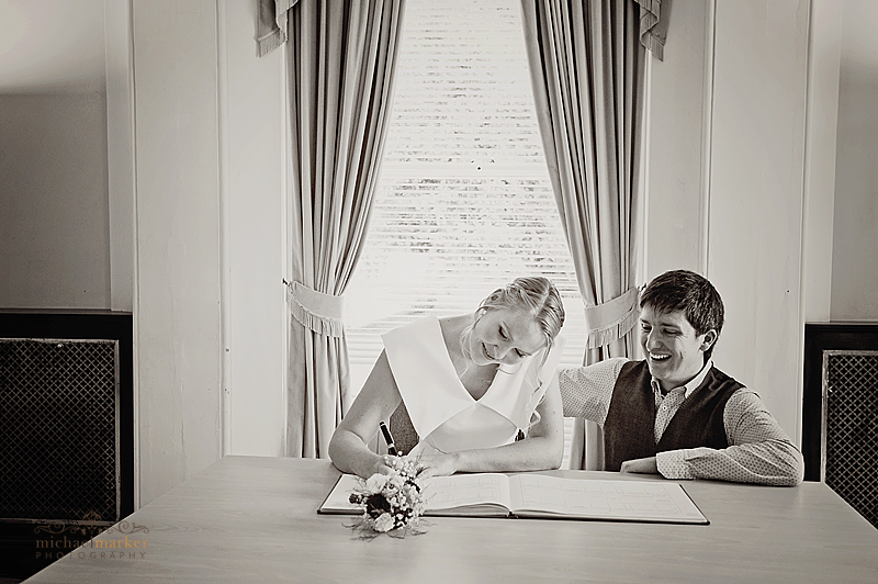 Totnes-wedding-signing-register