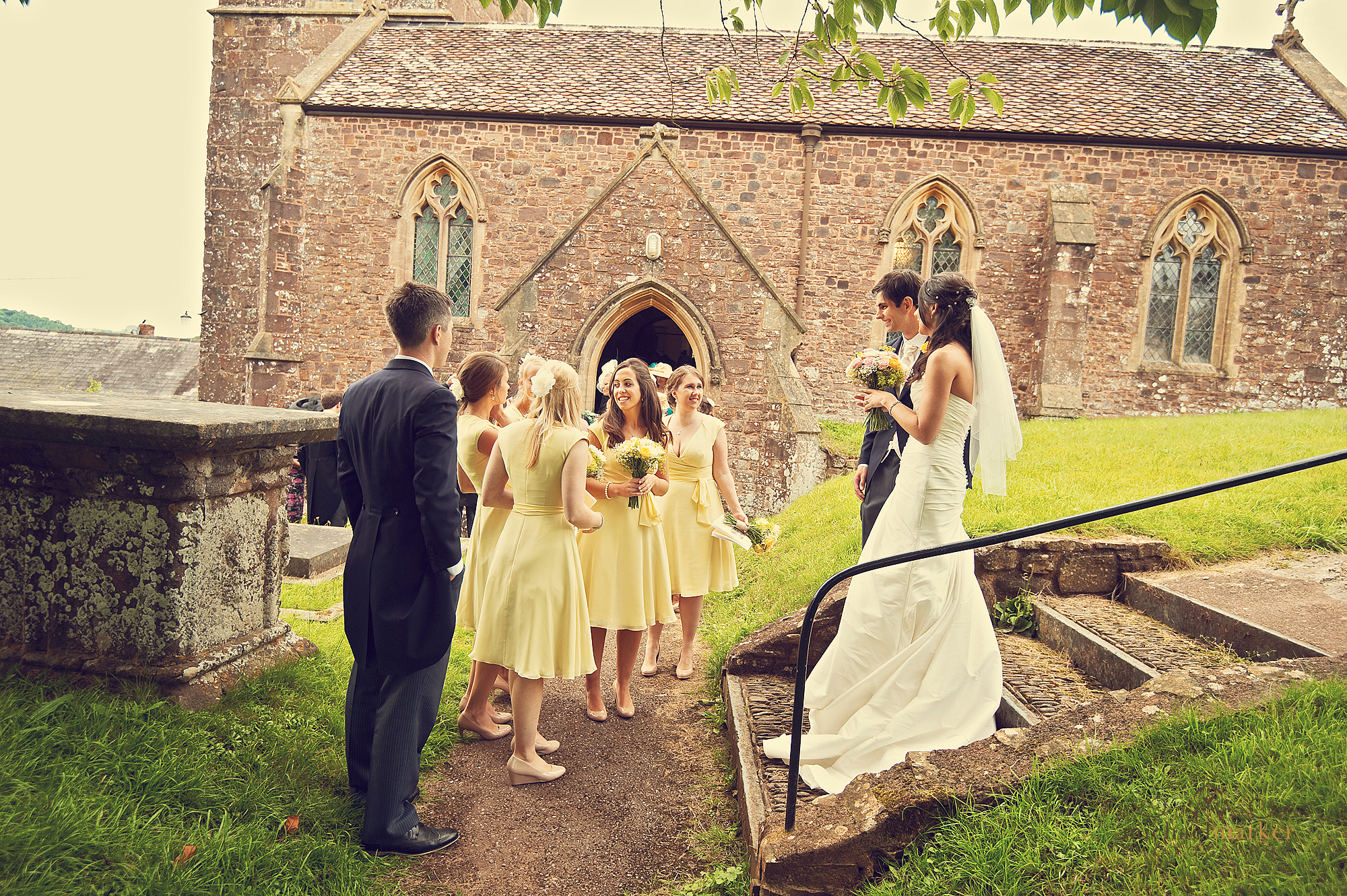 Wedding-churchyard