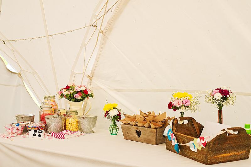 Wedding-treats-table