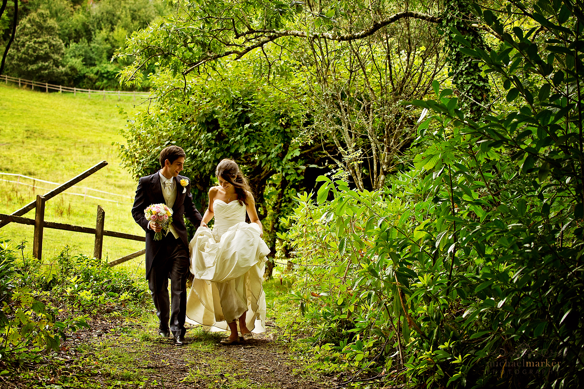 devon-wedding-couple-near-exeter