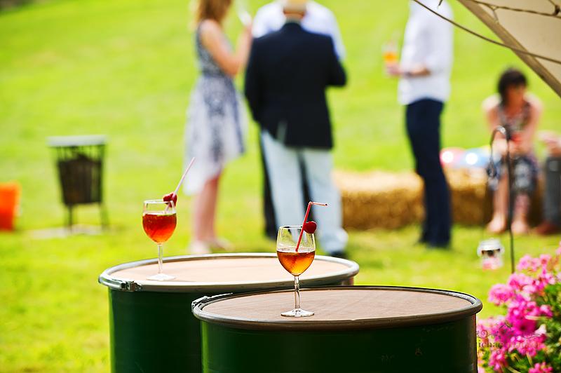 festival-wedding-cocktails
