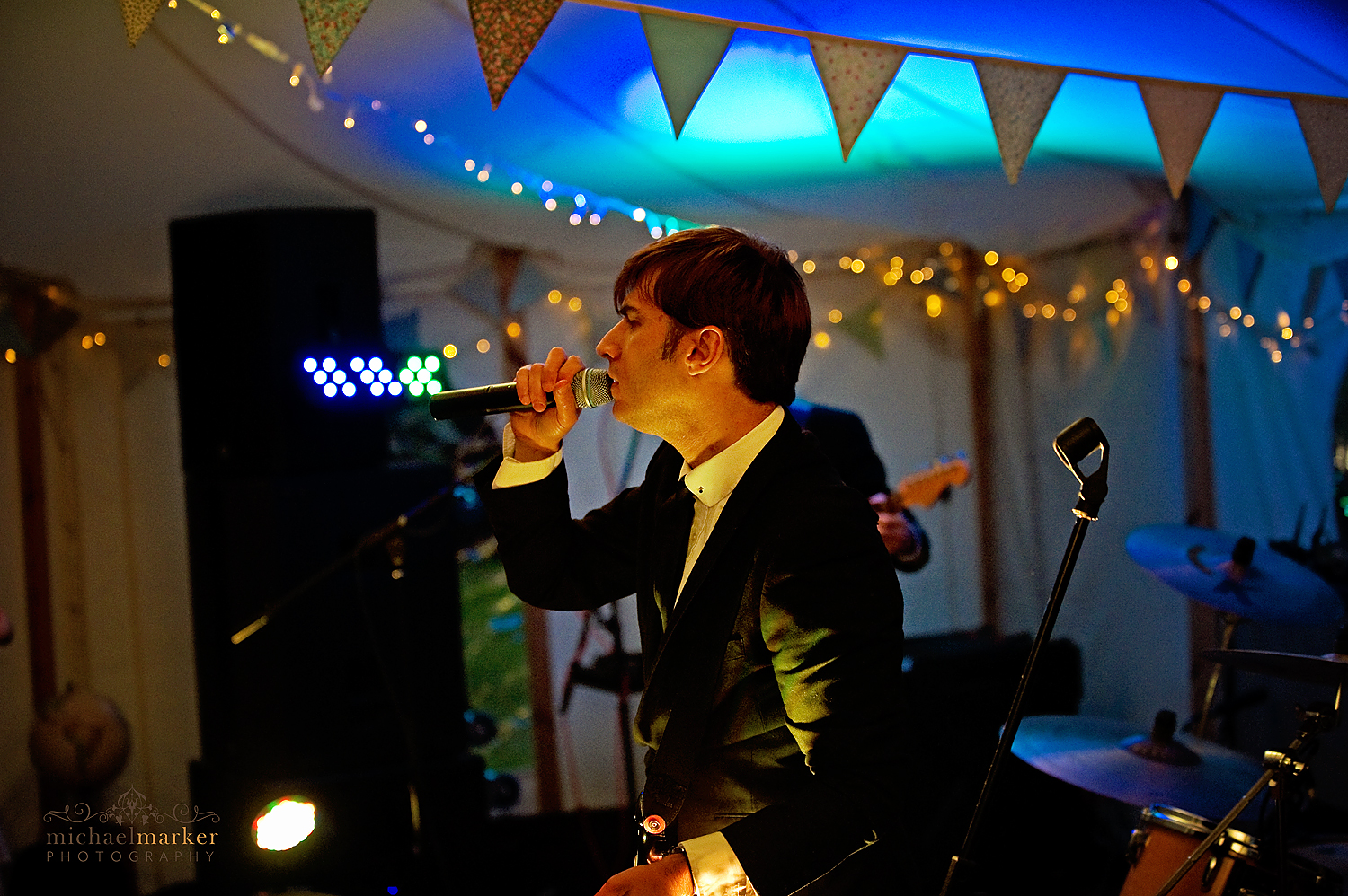 Wiltshire-wedding-band-Zoots-7