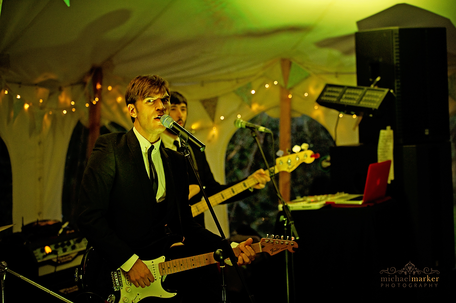 Wiltshire-wedding-band-Zoots-9