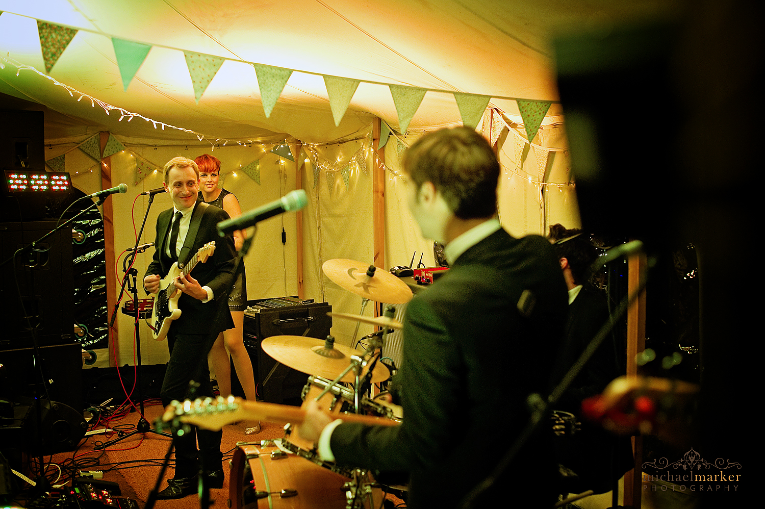 Wiltshire-wedding-band-Zoots
