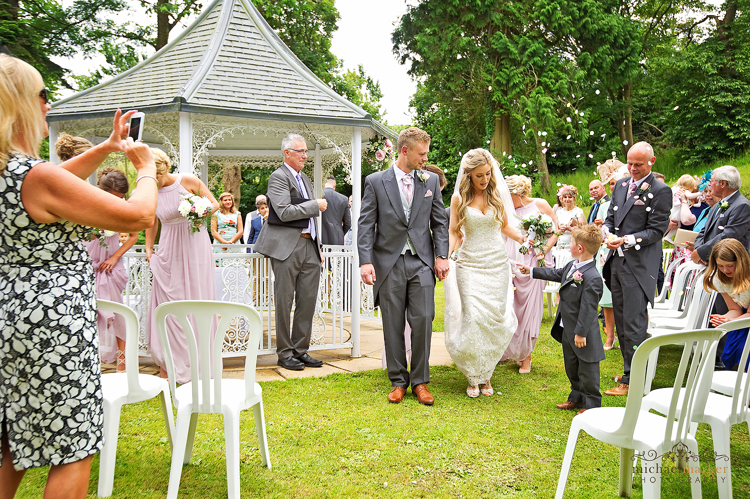 just-married-outdoors-at-langdon-court