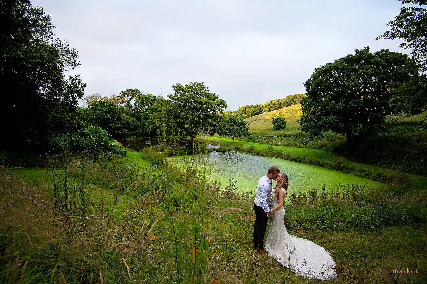lamgdon-court-wedding-by-the-lake