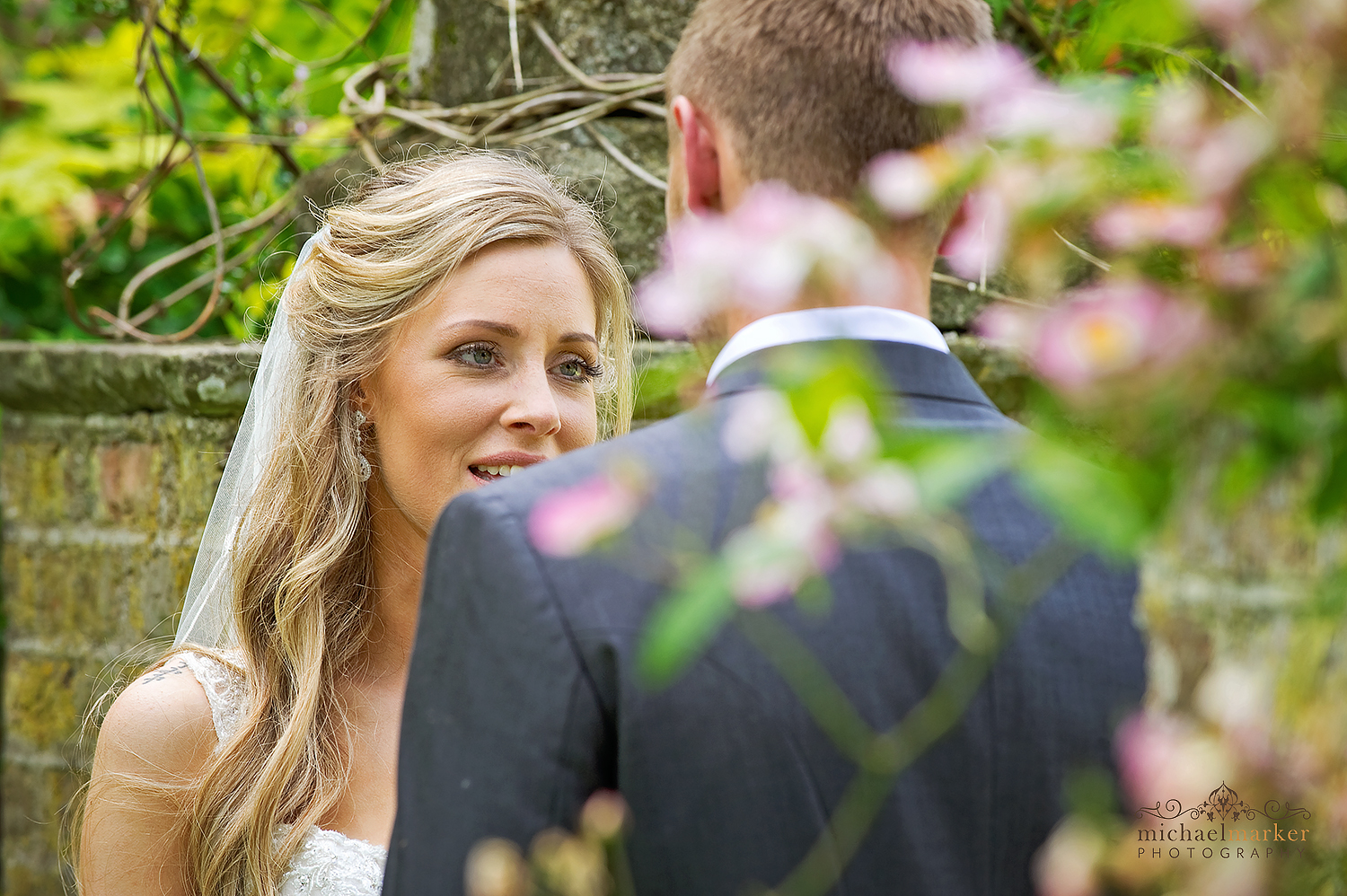 langdon-court-bride-and-groom