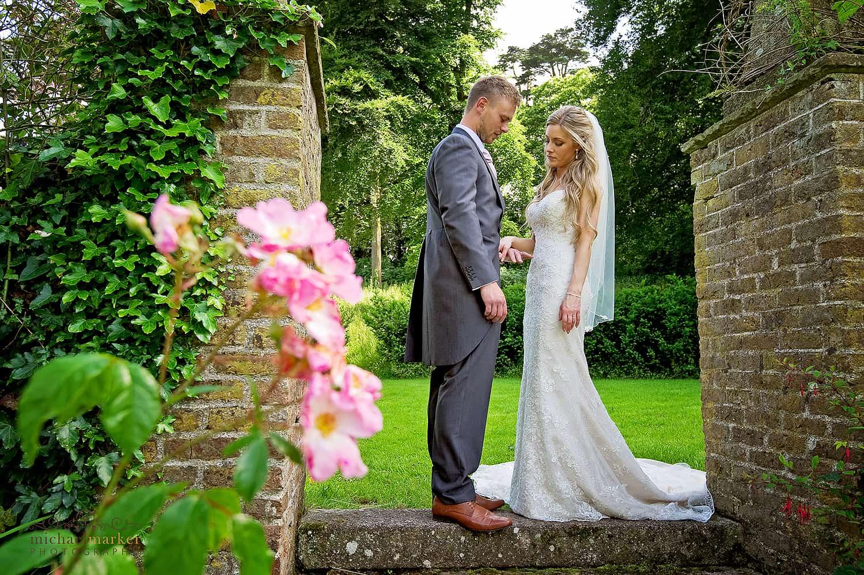plymouth-wedding-couple-at-langdon