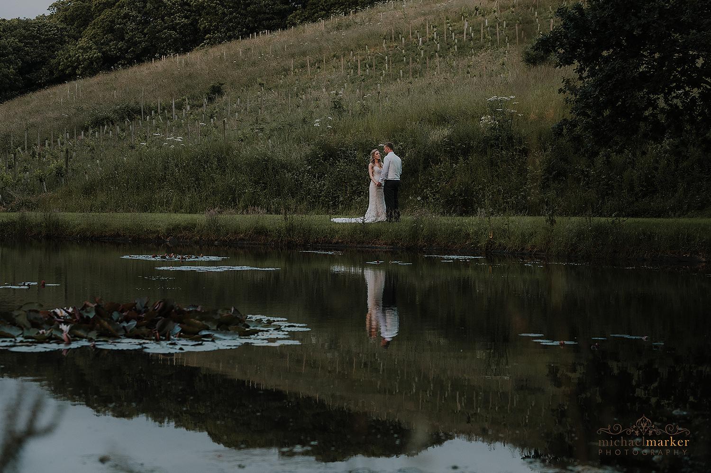 langdon-court-lakeside-wedding