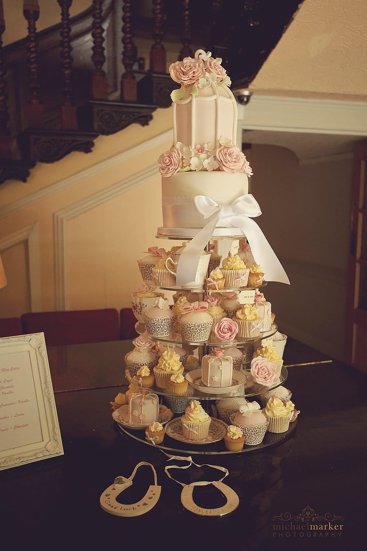 langdon-court-wedding-cake